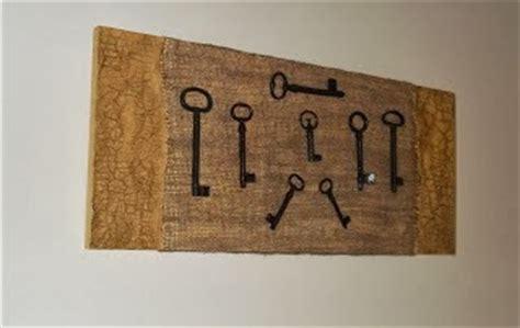 decoracion murallas decorando con llaves antiguas y candados parte 1