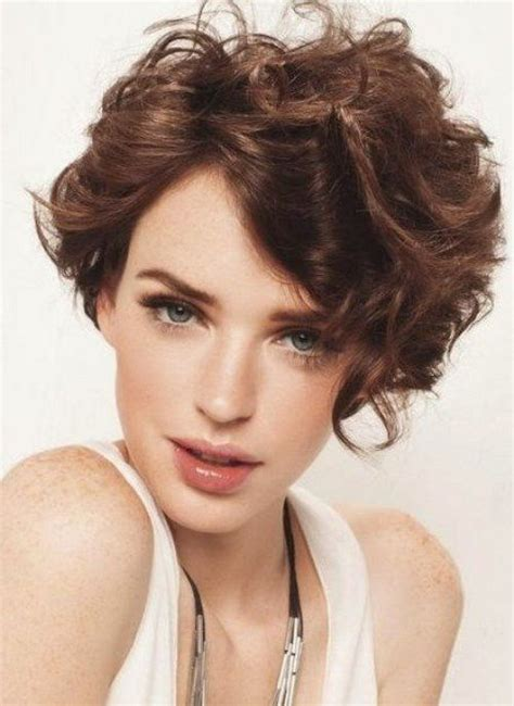 can hair be slightly curly or wavy 15 short wavy hairstyles 2017 goostyles com