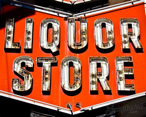 Liquor Signs | lowry hill liquor minneapolis mn vintage neon signs