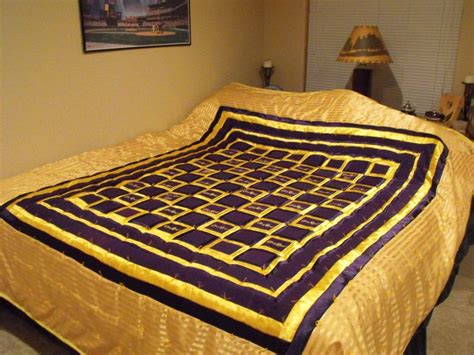 Quilts Made From Crown Royal Bags by Quilt Made With Crown Royal Bags Crown Royal Quilts