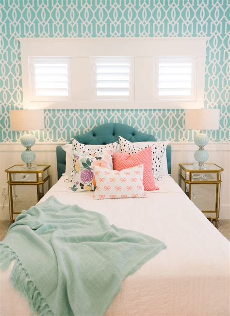 turquoise bedrooms 32 lovely turquoise bedroom design ideas decorupdate