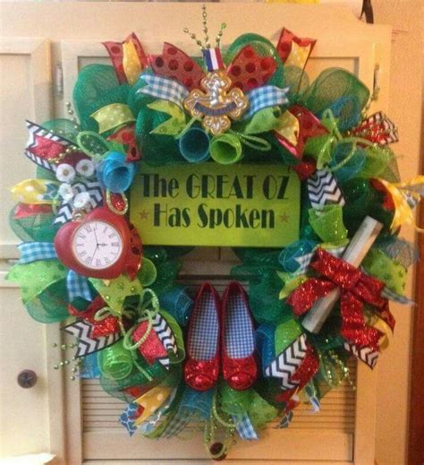 25 unique wizard of oz wreath ideas on pinterest wizard