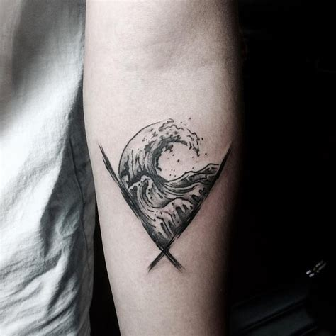 90 remarkable wave tattoo designs the best depiction of