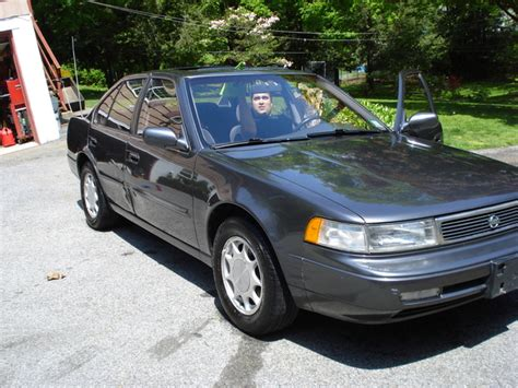 1992 nissan sentra overview cars com 1992 nissan maxima overview cargurus