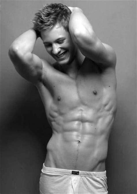 Thomas Chad Smith - Male Muscleboykanan