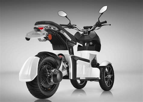 3 Wheel Electric Car India by Doohan Ev3 Itank Electric 3 Wheel Scooter Geeky