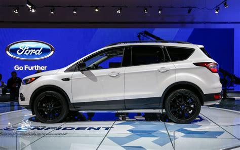 jeep escape comparison ford escape titanium 2017 vs jeep grand