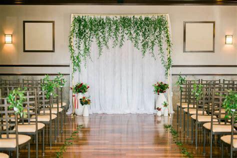 unique  breathtaking wedding backdrop ideas cuethat