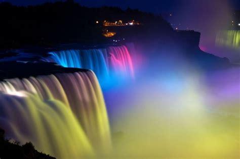 Niagara Falls Light Show Amusing Planet Lights Niagara Falls