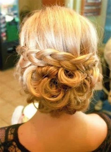 Hairstyles Accessories Bun Recipe by Diy Braided Low Bun Hairstyle