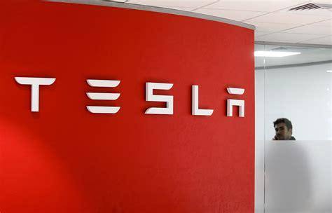 Tesla Name Look At Tesla S Tweaked Model 3 Bloomberg New
