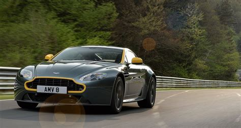 Supercars Do by What Qualities Do The Top Supercars