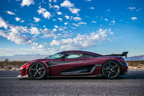 koenigsegg agera koenigsegg agera rs achieves production car