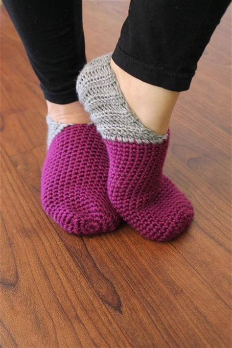 free crochet pattern womens house slippers 20 unique diy crochet patterns diy and crafts