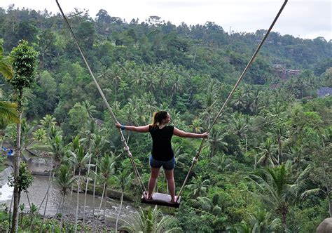 french tourist dies  tegalalang swing accident