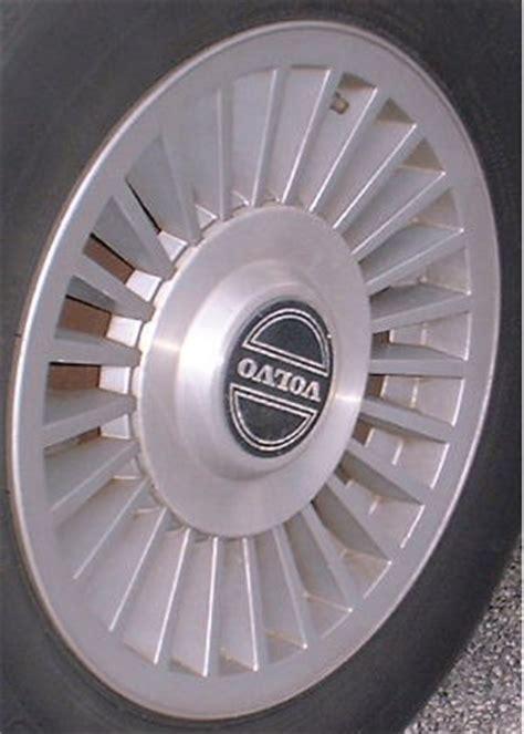 refinished volvo  wheelsrims wheel collision center