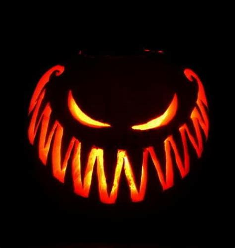 easy scary pumpkin carvings 38 pumpkin carving ideas how to carve