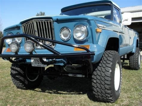 jeep gladiator 1971 thumbs up 1971 jeep j4000 gladiator 4 215 4 bring a trailer