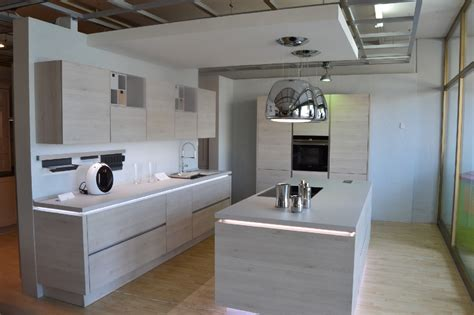 illuminazione per cucine moderne centro cucine in provincia di viterbo vicino roma nord