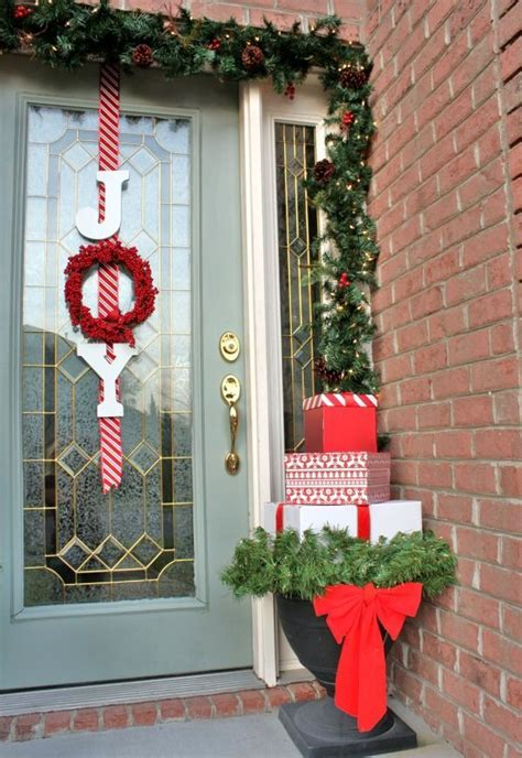 front door christmas decorating ideas feed inspiration