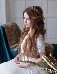 20 prettiest wedding hairstyles and wedding updos deer pearl flowers
