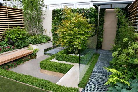 een moderne luxe kleine tuin tuintuin