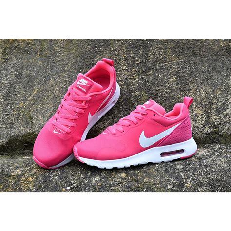 Sepatu Running Air Max Tavas Light Pink nike air max tavas neon pink progress