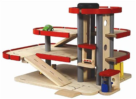 Plan Toys Garage by Parking Garage By Plan Toys 171 Babyccino Daily Tips