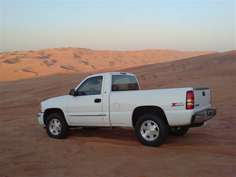 how to work on cars 2006 gmc sierra 2500hd parking system 2006 gmc sierra 1500hd information and photos momentcar