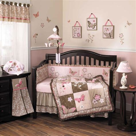make your kid comfortable with baby crib bedding