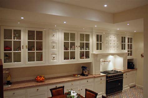 landelijke keukens engelse stijl geschilderde maatwerk keuken engelse stijl apeldoorn