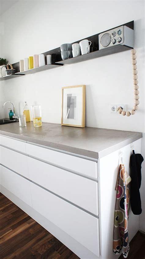 Weiße Küche Dunkle Arbeitsplatte by K 252 Che Wei 223 Dunkle Arbeitsplatte