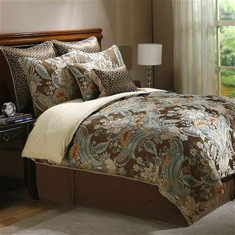 Decorating A Small Guest Bedroom - paisley bedding sage and brown bedroom ideas pinterest colors the o jays and brown