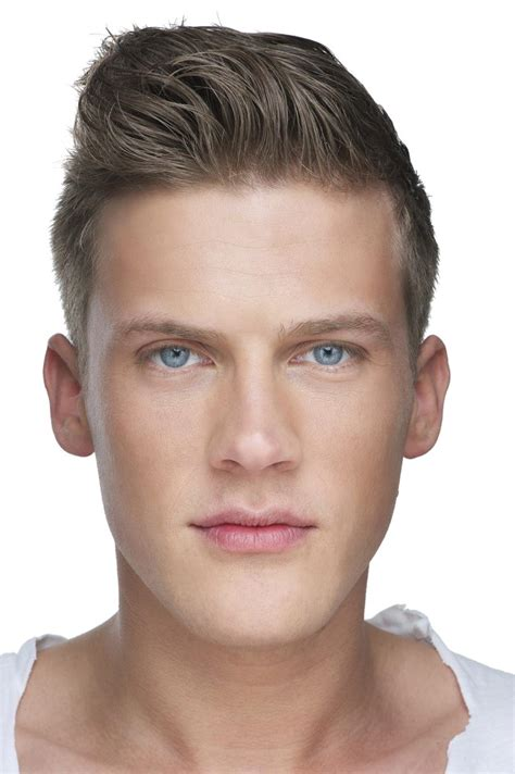 modern pompadours for men 16 all time classic pompadour hairstyles you need to try