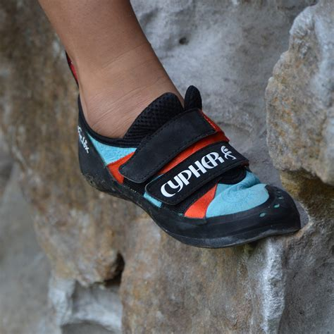 shoes for climbing rock shoes chillino rock climbing chillino rock climbing