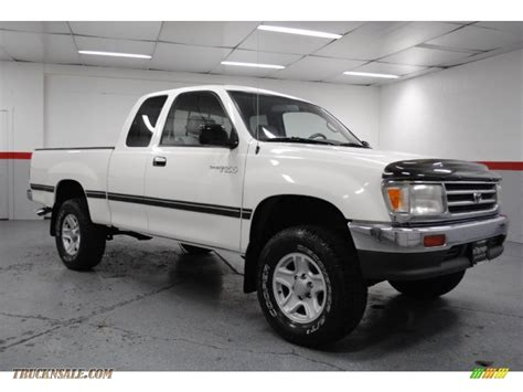 Toyota T100 4x4 1998 Toyota T100 Truck Dx Extended Cab 4x4 In Warm White