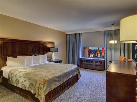 excalibur king tower room royal tower picture of excalibur hotel casino las vegas tripadvisor