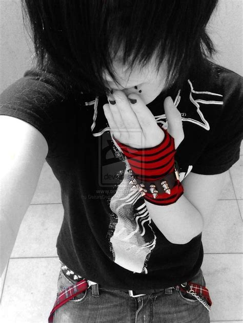 boys who wear long hair and nails pin by emo princess on hot emo scene guys pinterest