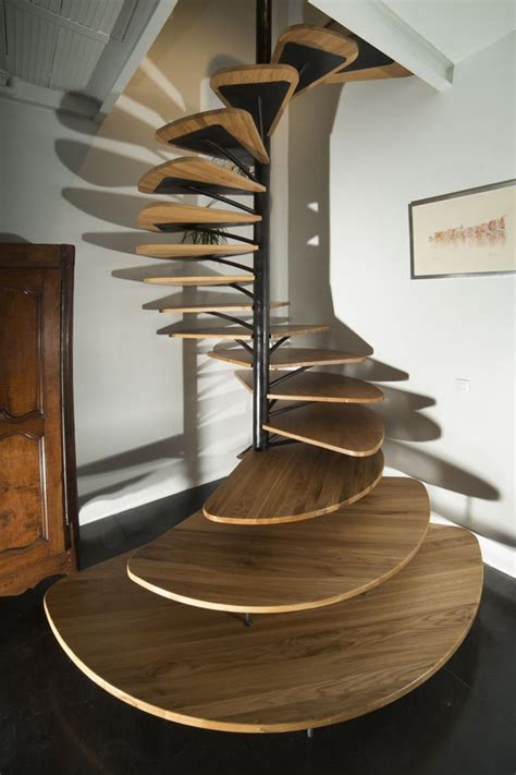 Spiral Staircase Design Oak Spiral Staircase With Metal Backbone