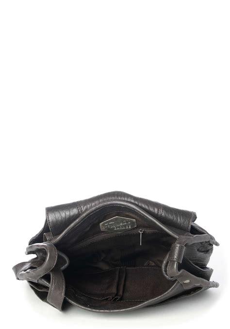 Quicksilver Bronx Darkbrown frankies garage bronx saddle bag umh 228 ngetasche nur 189 90