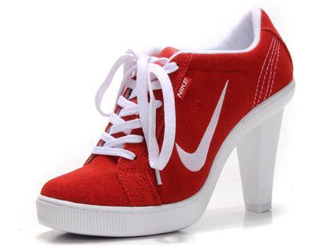 high heels sneakers nike nike dunk sb swoosh low heels nike high heels shoes on