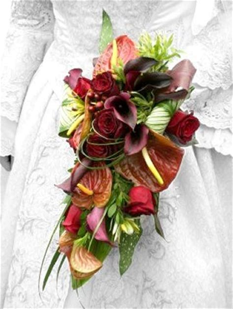Fall Bridal Bouquets   Flowers for Autumn Weddings
