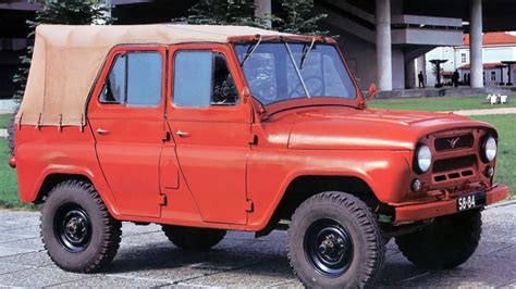 uaz hunter soviet cars were weird uaz 469