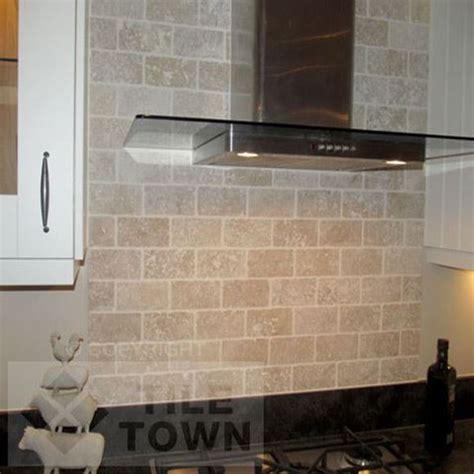Trav White 7.5X15 Kitchen Wall