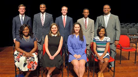 Womens Institute Helped Ms Turnaround by Ten Seniors Awarded Of Fame Honors Ole Miss News