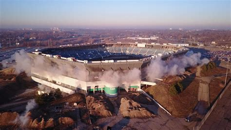 pontiac silverdome implosion fail after 40 years the pontiac