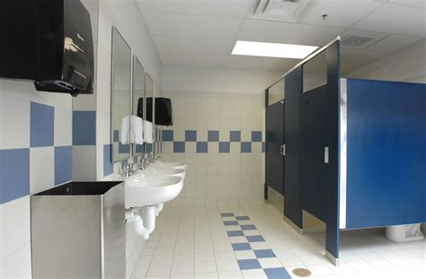 school bathroom decorating ideas school bathroom design www imgkid com the image kid