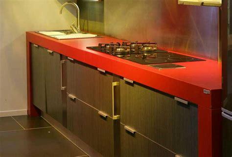 arbeitsplatte rot arbeitsplatte k 252 che rot elegantes design mit schrank k 252 che
