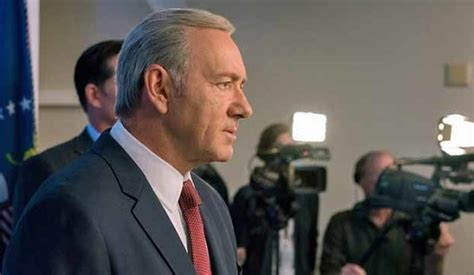 kevin spacey house of cards demands declaration of war