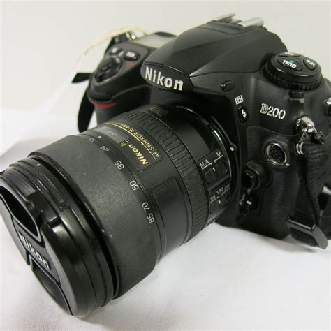 Nikon Lot by Nikon D200 Digital With Nikon Af S Nikkor 16 85mm Lens Comes With 1 X Battery No Charge
